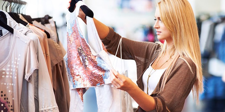 Choosing Fresh Produce Clothing for Travelling